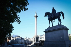 London: Walking Tour and Churchill War Rooms Entry
