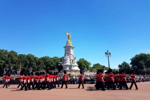 London's Palaces and Parliament Walking Tour