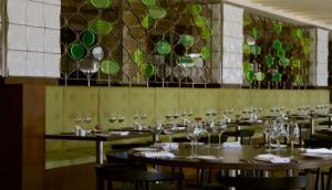 Napa Restaurant at Chiswick Moran Hotel