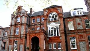 Palmers Lodge