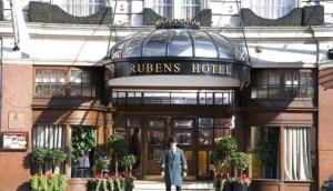 Ruben's At The Palace