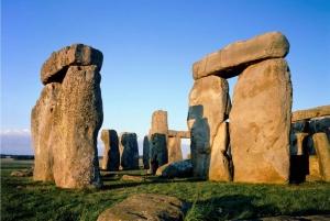 Stonehenge & Bath: Full-Day Coach Tour from London