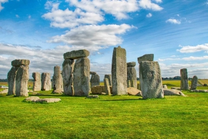 Stonehenge & Bath Private Car Tour