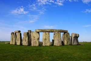 Stonehenge Day Trip Tour from London in Minivan