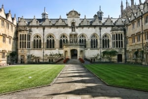 Windsor, Oxford and Stonehenge Day Tour from London