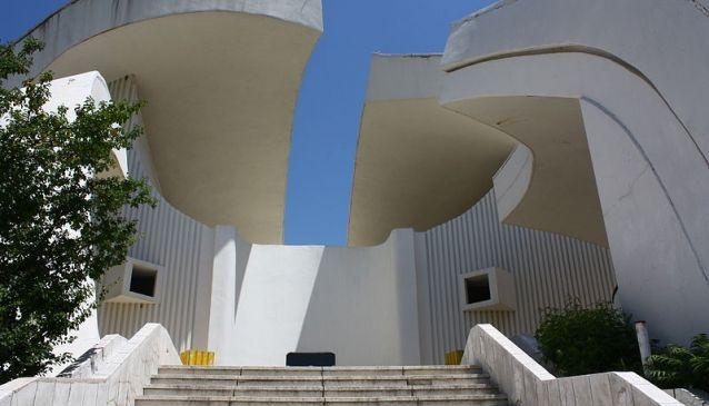 Kosturnica Monument