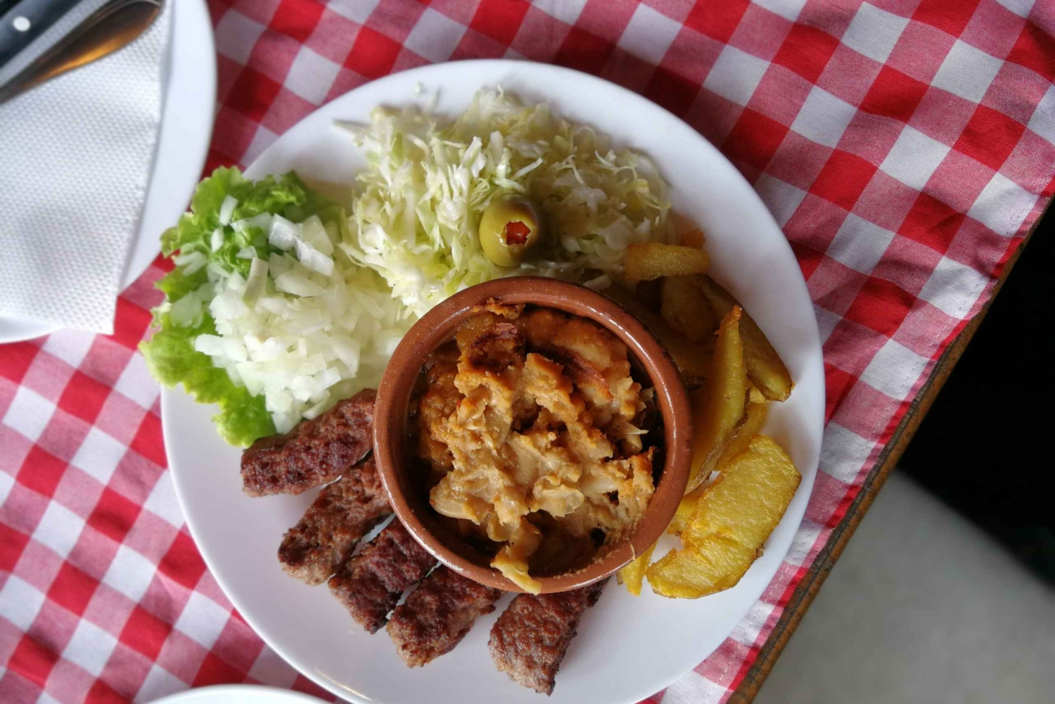 Skopje: Food by Foot Tour