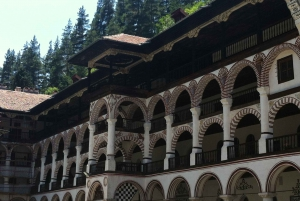 Skopje: Transfer to Sofia with Stop at Rila Monastery