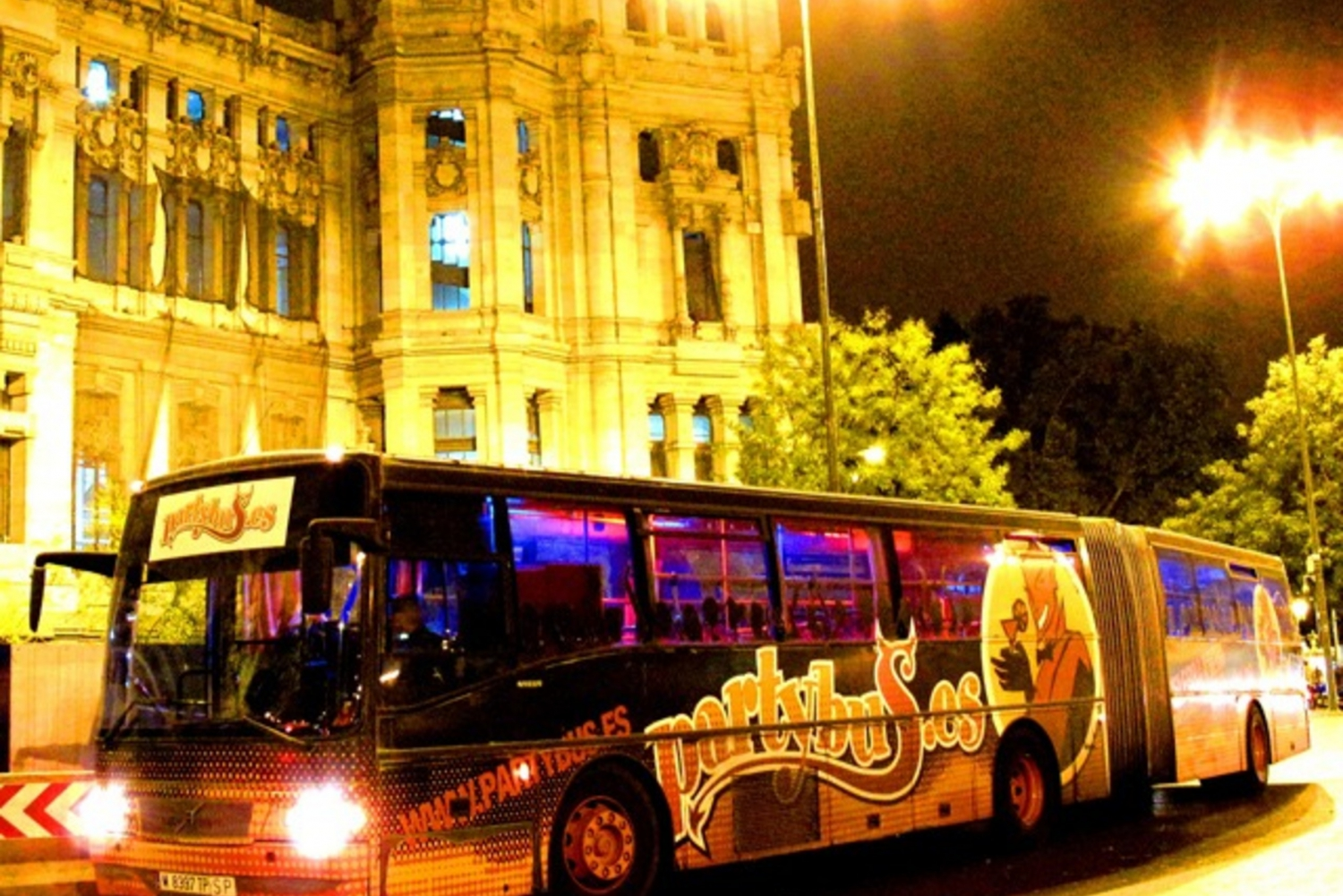 7-Hour Party Bus Bachelorette Party in Madrid