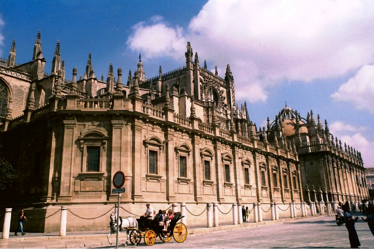 Cáceres and Sevilla Overnight Tour from Madrid