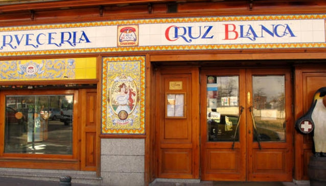 Cervecería Cruz Blanca Vallecas