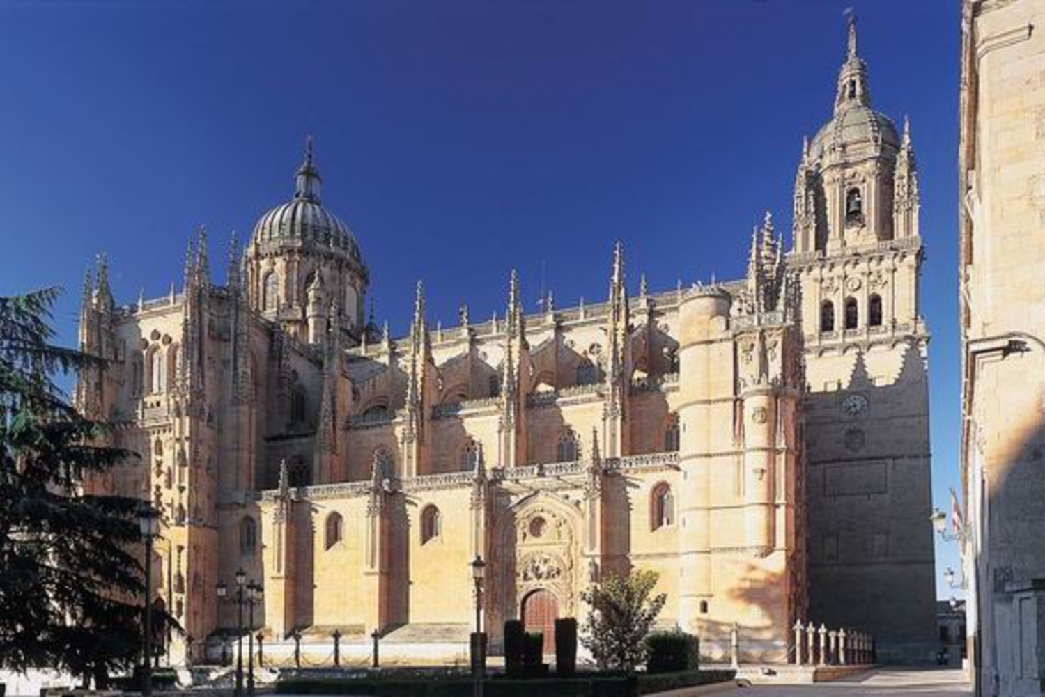 From 5-Day Salamanca & Portugal Bus Tour