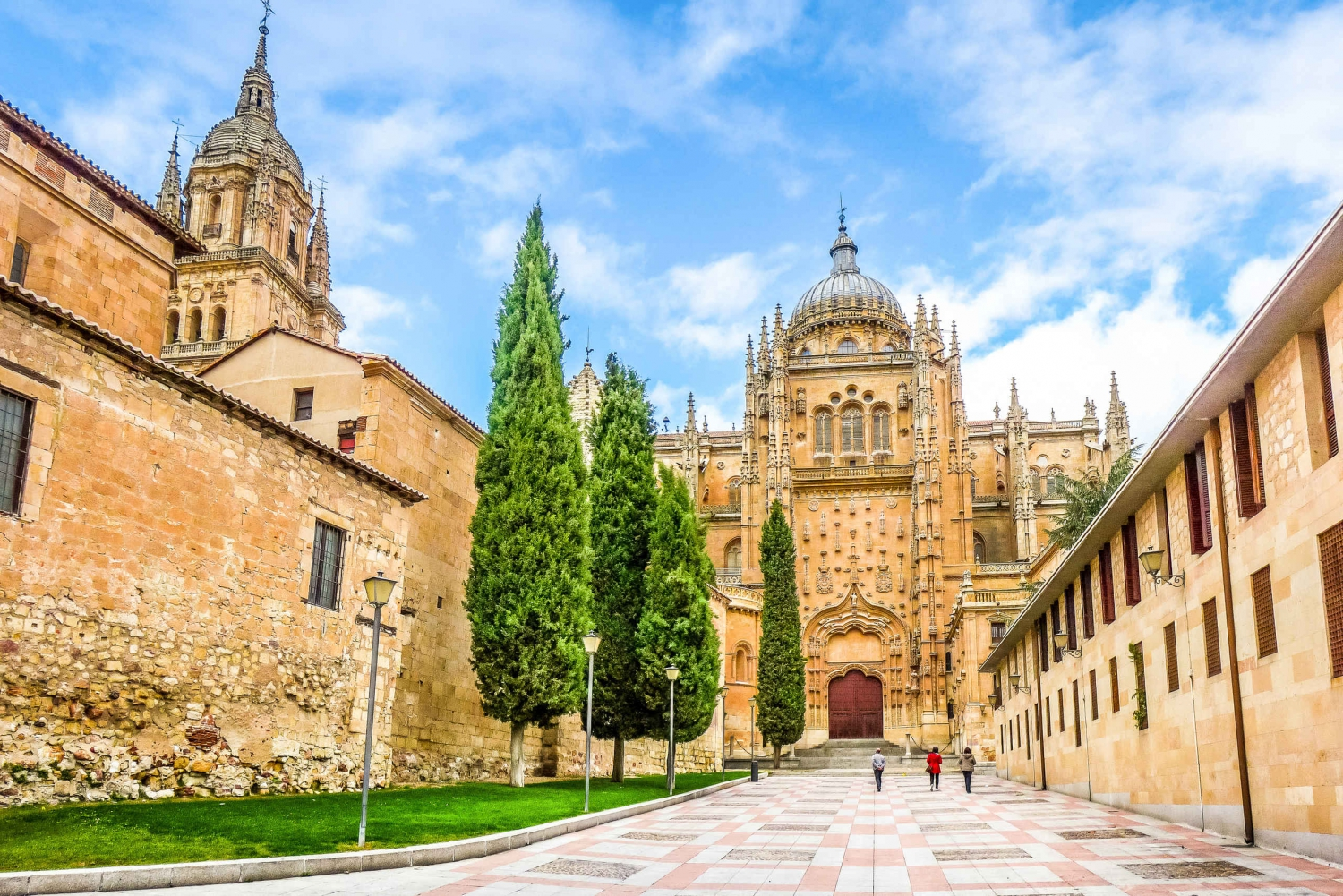 From Barcelona: 5-Day Green Spain Bus Tour