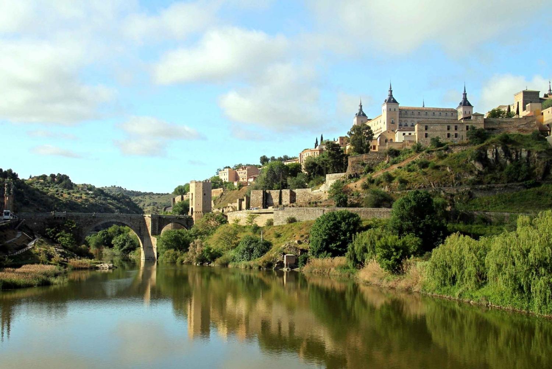 Full-Day Toledo Tour, Madrid Bus Tour and Tapas Tasting