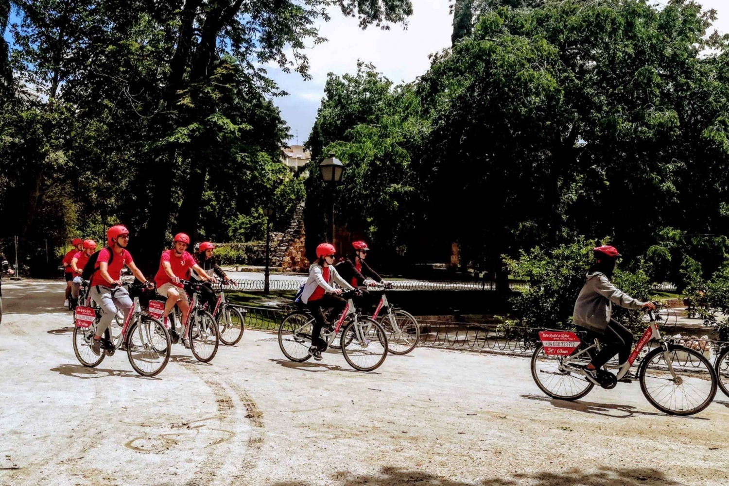 Guided Bike Tour with Free Drink