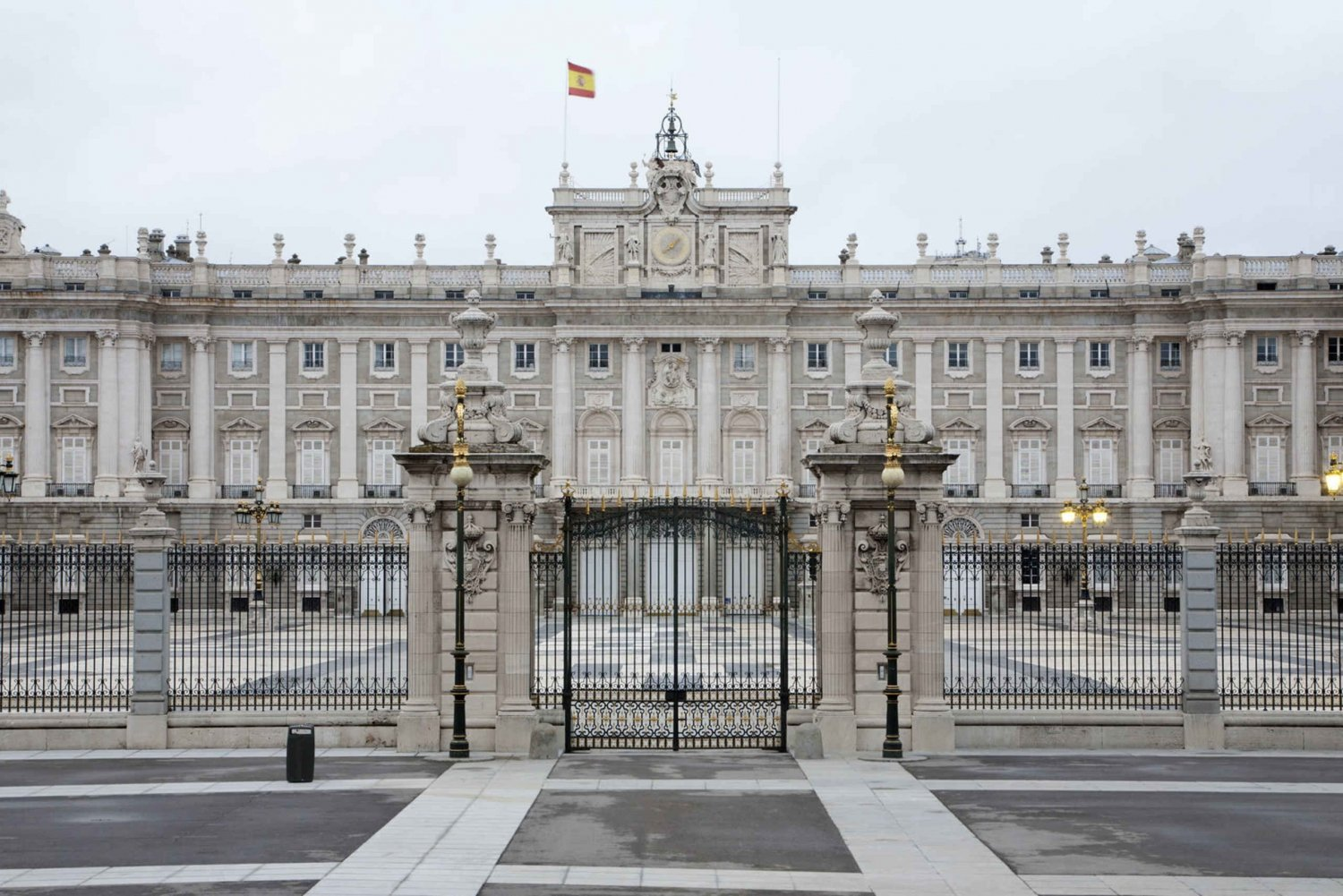 Guided Visit to the Royal Palace