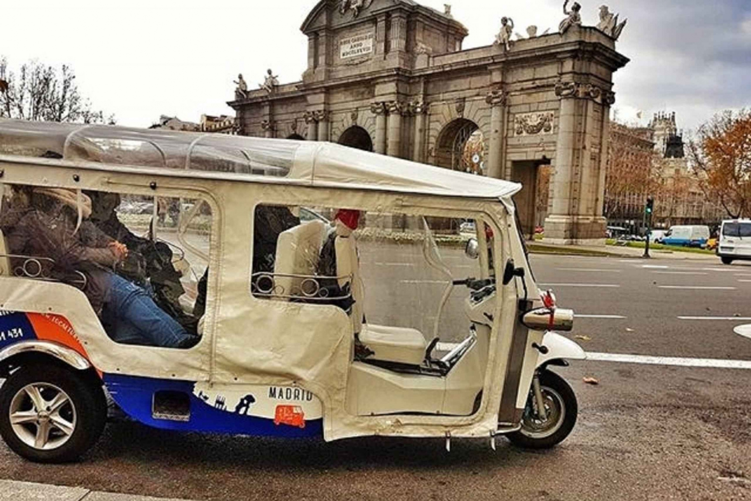 Historic Madrid 1-Hour Tuk Tuk Tour