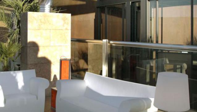 La Terraza Del Hotel Urban In Madrid My Guide Madrid