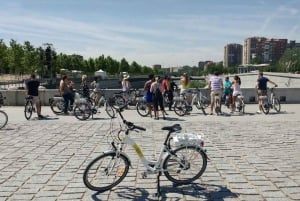 Madrid: 3-Hour Sightseeing Tour by Electric Bike