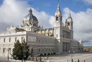 Madrid City Bus Tour and Royal Palace Guided Visit