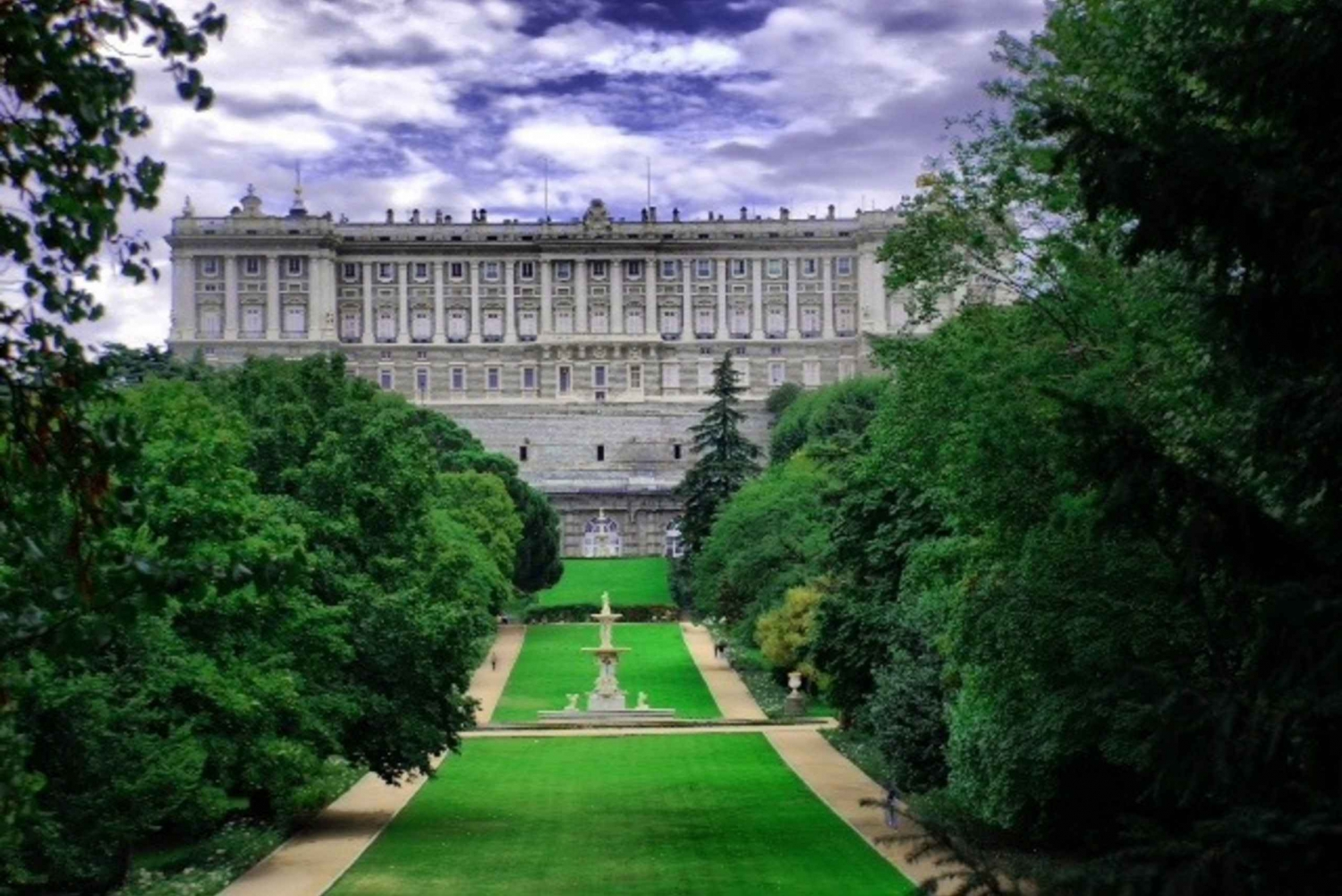Madrid Half-Day Guided Coach and Walking Tour