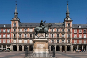 Madrid Historical Centre & Old Town Walking Tour in French