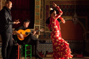 Madrid: Live Flamenco Show with Food and Drinks Options