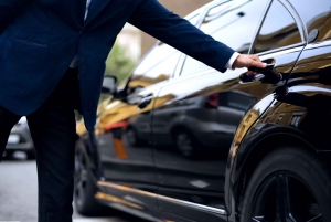 Madrid: Private Transfer to/from Madrid (MAD) Airport