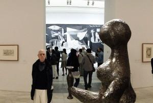 Madrid: Reina Sofia Museum Private Tour with Skip-the-Line