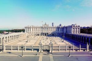 Madrid: Royal Palace and Prado Museum Guided Tour