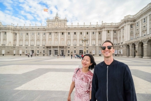 Madrid: Royal Palace Skip-the-Line Guided Tour