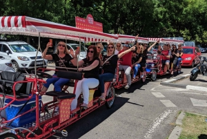 Mardid: 45-Minute Sangria Bike Tour with Unlimited Sangria