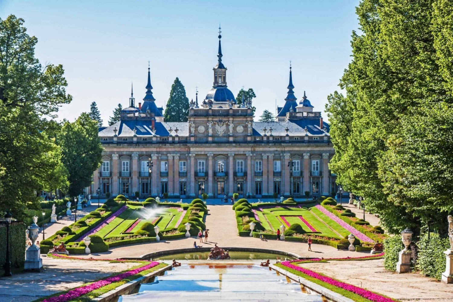 Private Full-Day Tour to Segovia and La Granja from Madrid