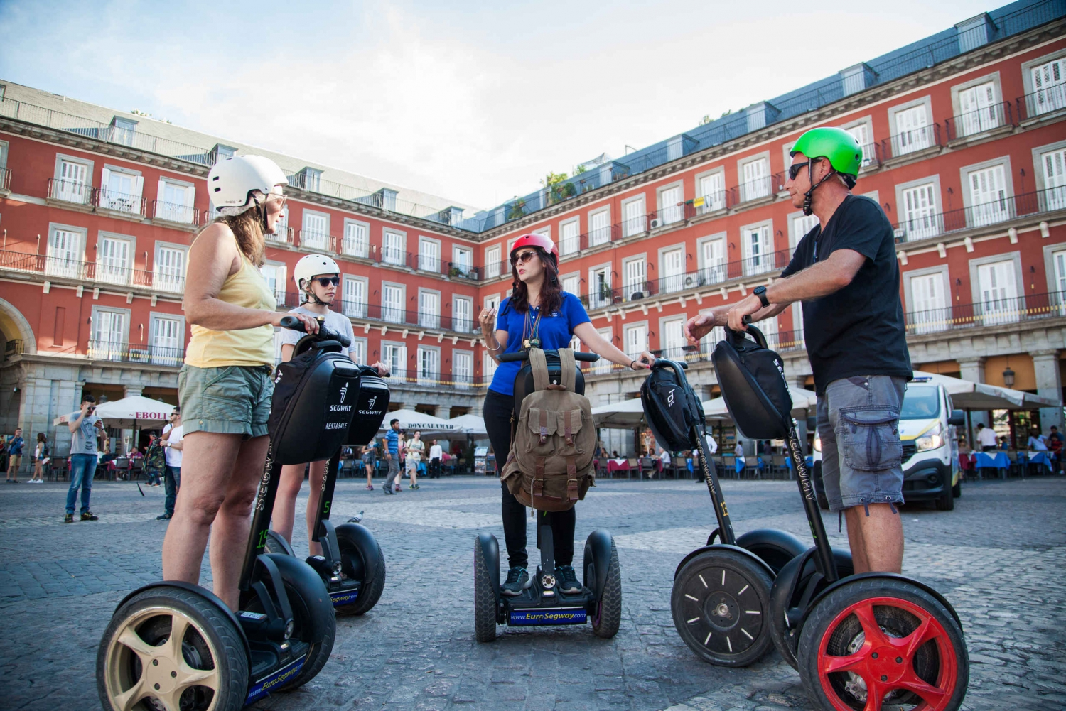 Royal 30 Minutes Segway Tour