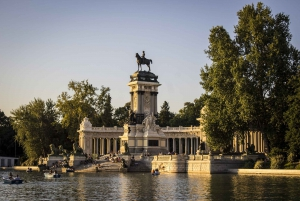 Secrets of Retiro Park 2-Hour Walking Tour