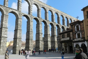 Segovia and El Escorial From Ávila With Drop Off In Madrid