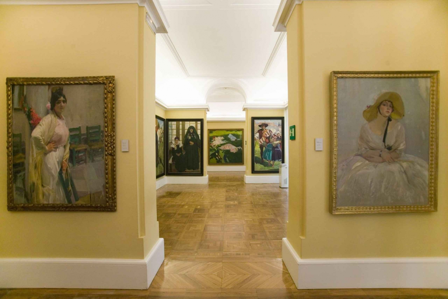 Sorolla Museum Guided Tour with an Expert Guide