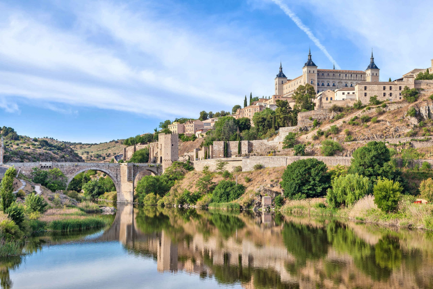 Toledo and Segovia Full–Day Private Tour