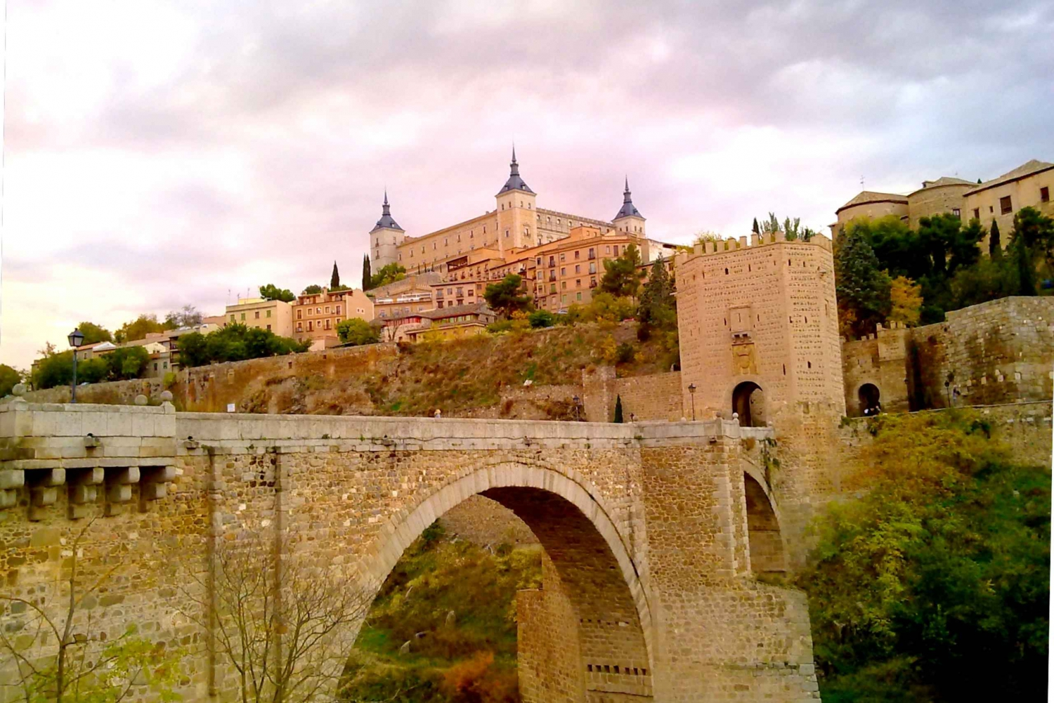 Toledo and Segovia Highlights Excursion with Guide