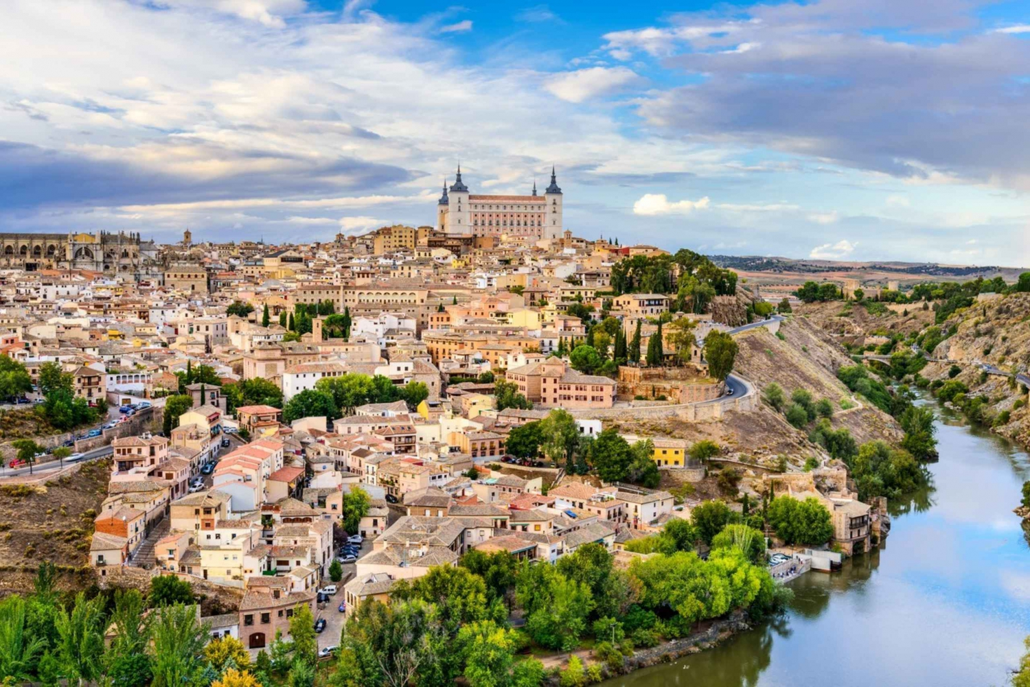 Toledo: Full Day Trip With Guided Walking Tour from Madrid