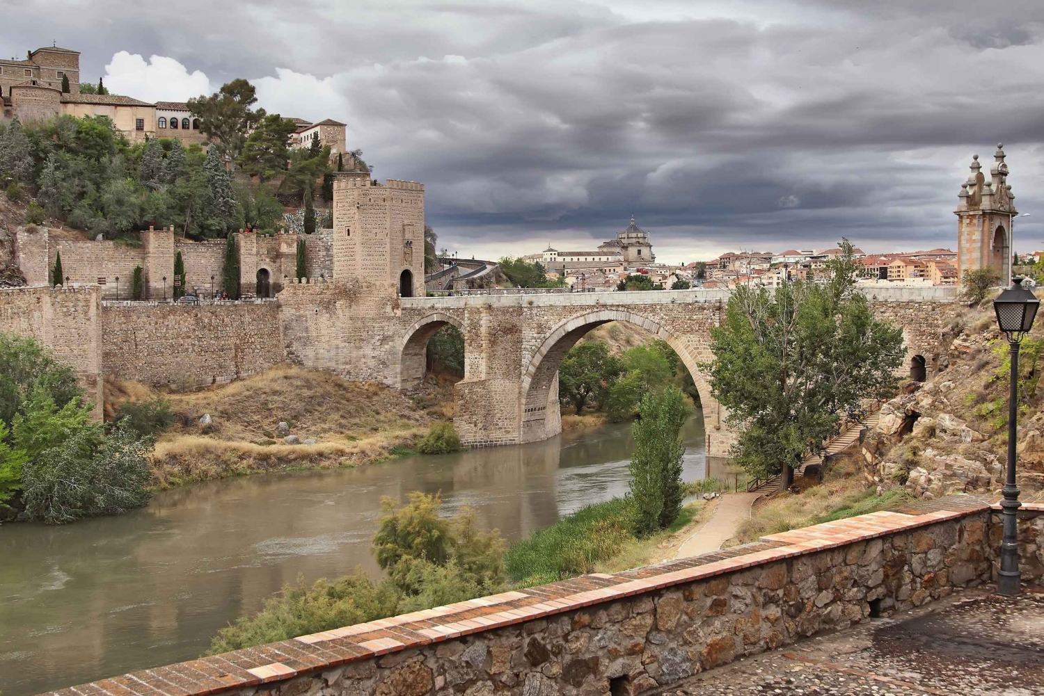 Toledo: Private Tour with the Cathedral Visit