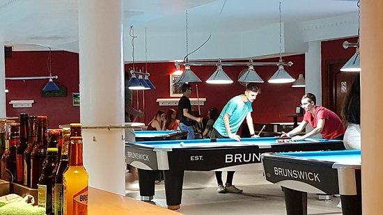 Cuarteles 66 Sports Bar