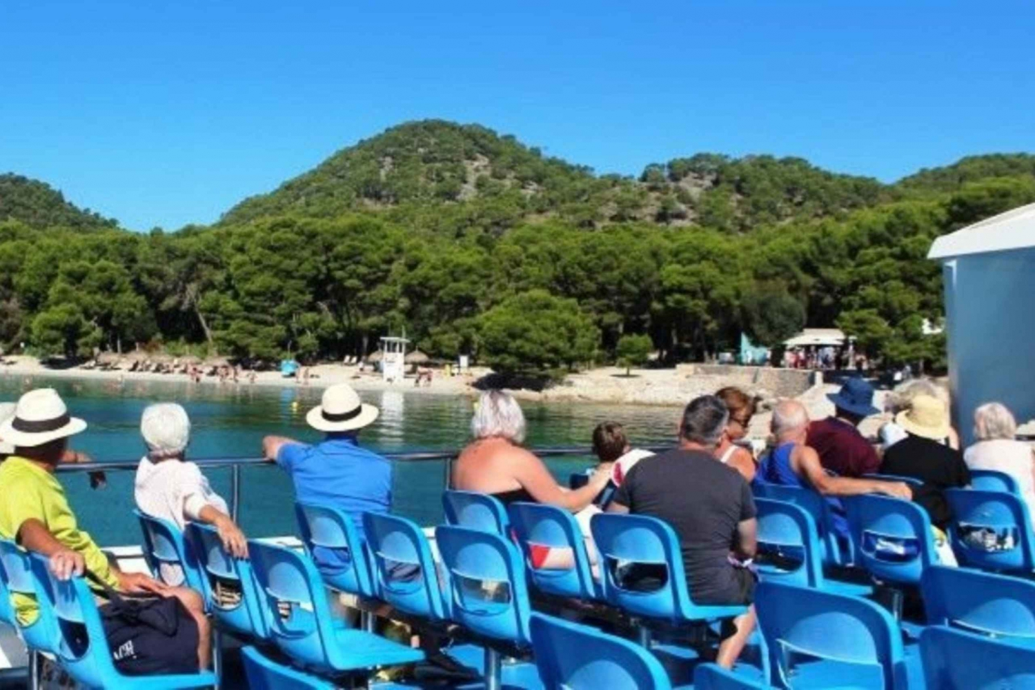 Alcudia and Formentor: CityXperience Bus and Boat Tour