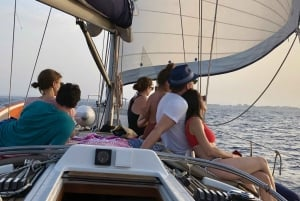Alcudia: Sailing Yacht Excursion with Wine & Tapas
