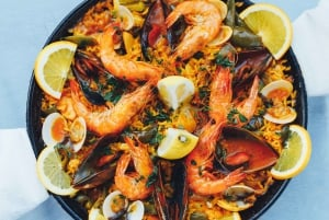 Dinner Experience with the Famous 'Paella Man'
