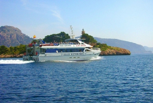 Formentor: Xperience Cabrio Bus and Boat Tour from the North