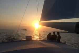 From Palma de Mallorca: Sunset Catamaran Cruise