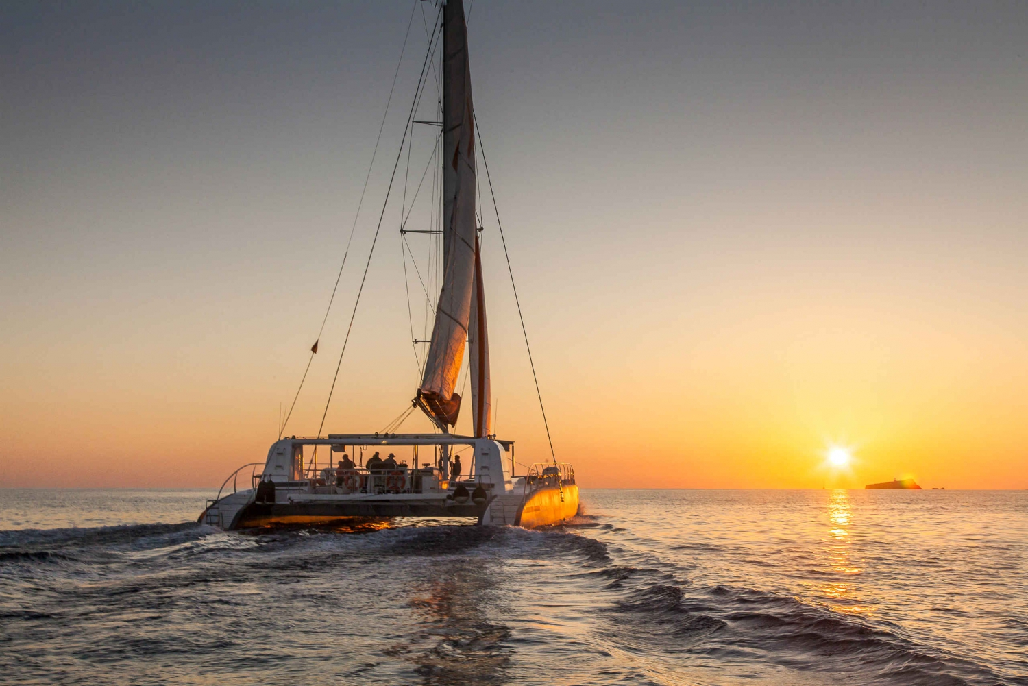 From Palma: Sunset Catamaran Excursion With Food and Drinks