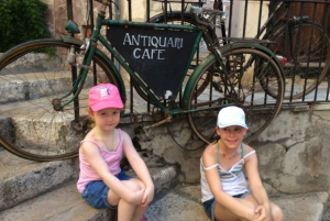 Palma: Family Scavenger Hunt through the City