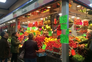 Palma: Walking Tour with Mediterranean Delicacies